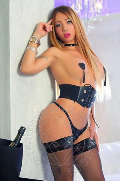 Fernanda Giraldo  ROMA 3485846624