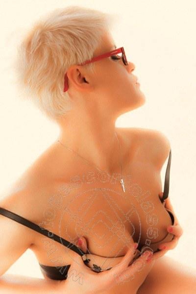 Raffaela Blond  BOLOGNA 3299488720